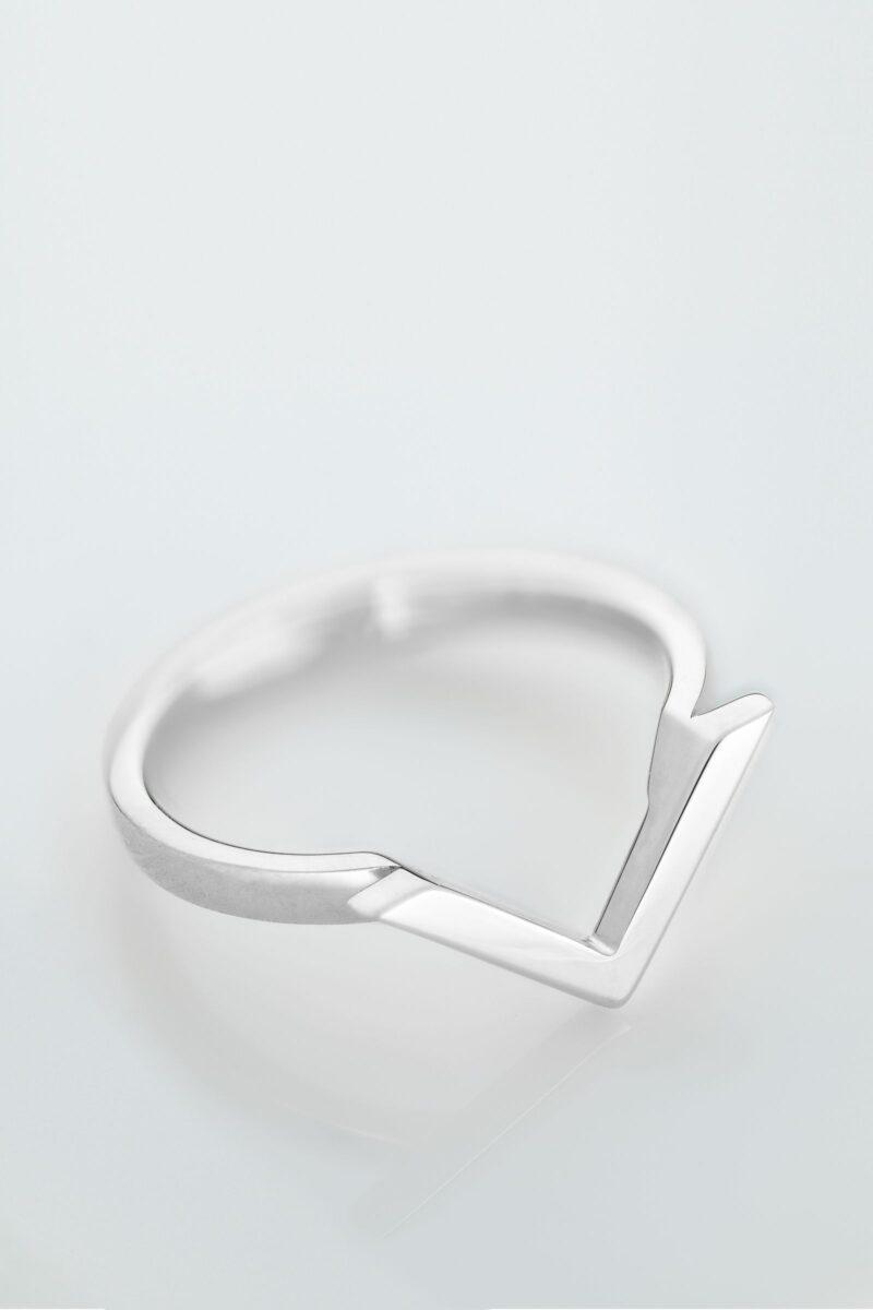 VON KRONBERG Victory Ring, 18 Karat nachhaltiges Weißgold