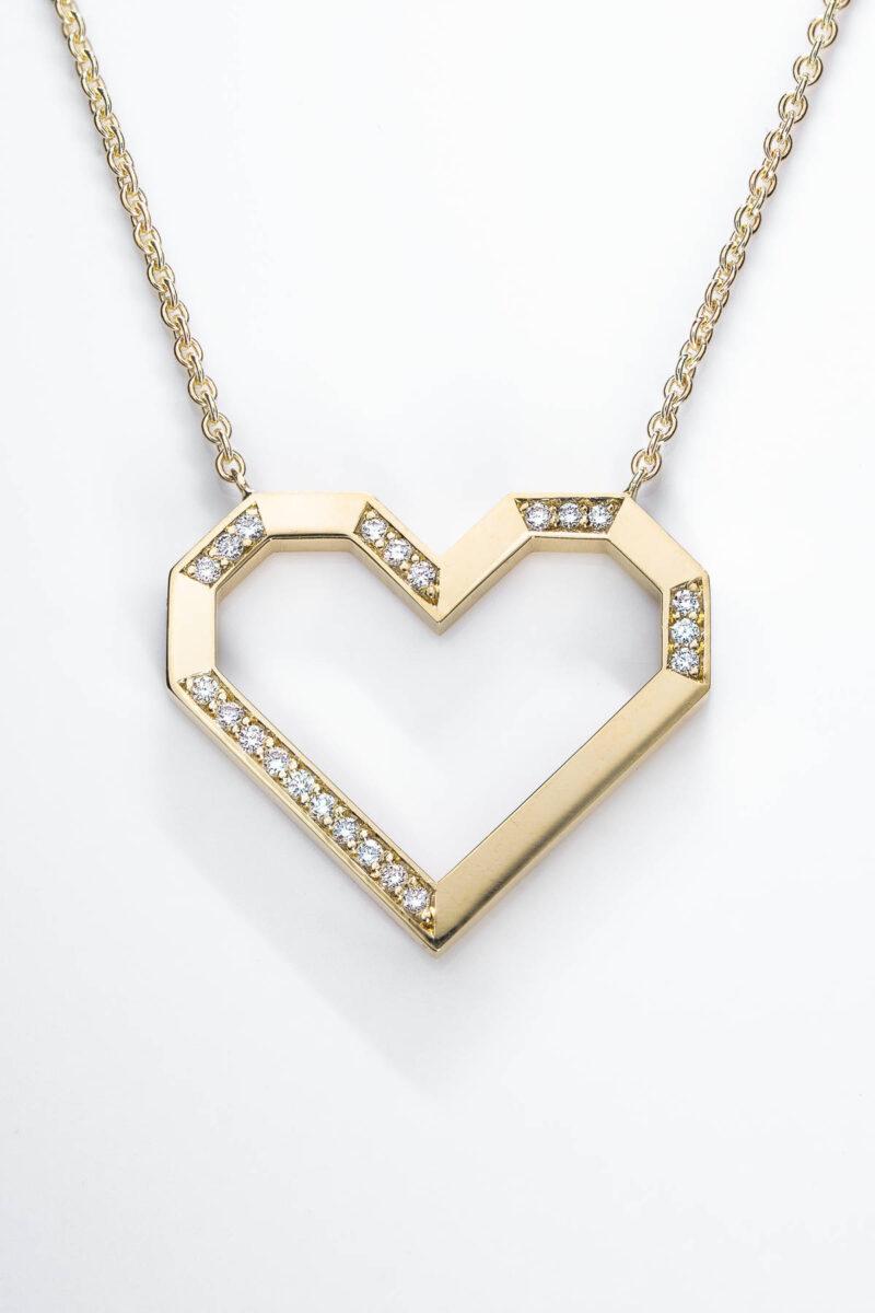 VON KRONBERG PURE Love Collier, 18 Karat nachhaltiges Gold, im Labor gezüchtete Diamanten